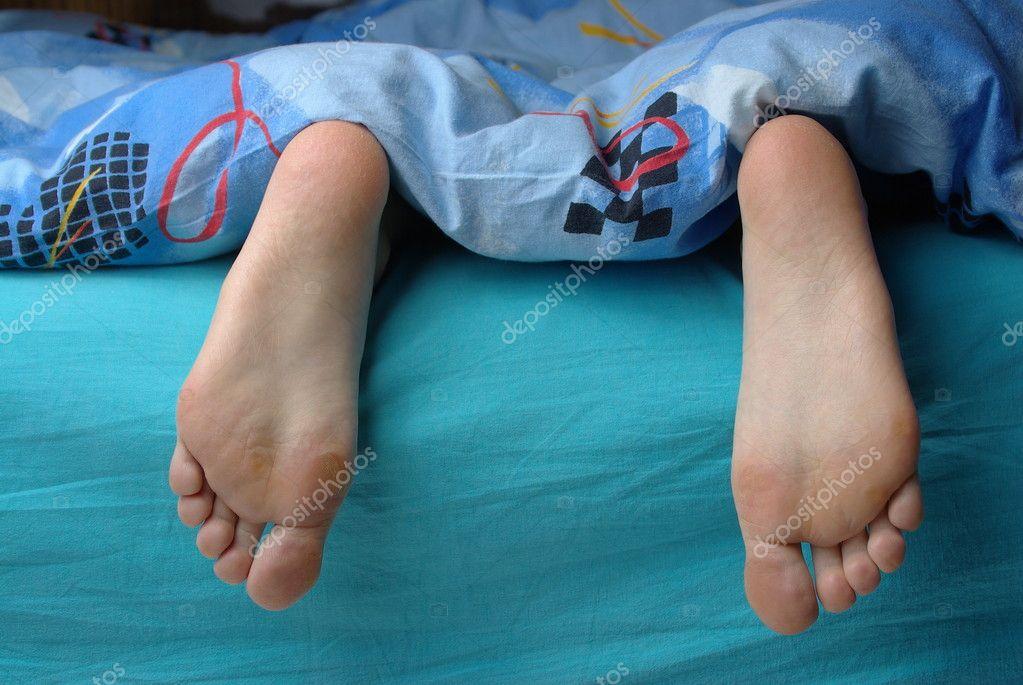 piedi femminili con callo foto stock xzserg 8566123