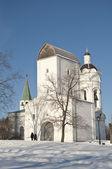 старая русская церковь в коломенском — Стоковое фото
