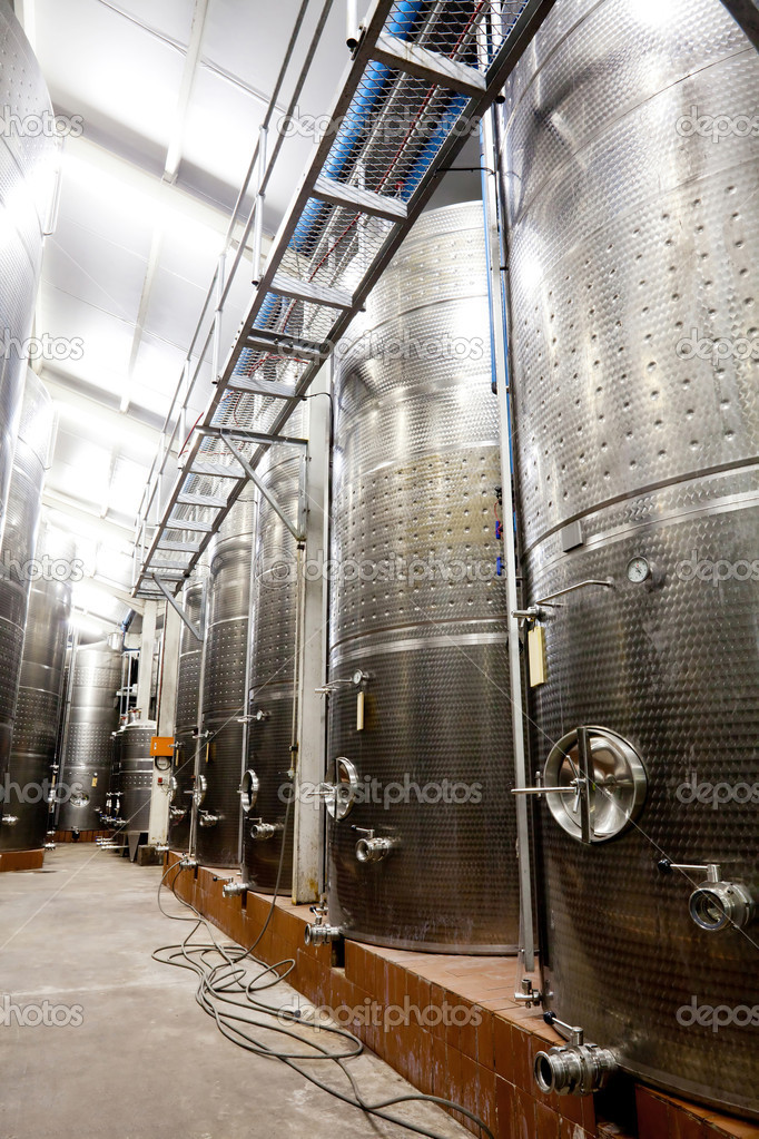 Modern winery with big storage tanks — Stock Photo #10469894