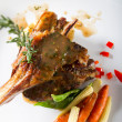 Lamb chop with vegetables — Foto de stock #10674659