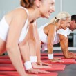 Fitness doen pushups — Stockfoto