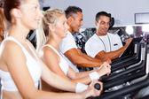Persoonlijke trainer en fitness — Stockfoto