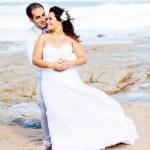 浪漫新郎和新娘 — 图库照片