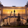 Decorating The Christmas Tree - Rome, Piazza Venezia — Stock Photo