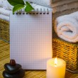Spwith towels and candle — Foto de stock #9700246