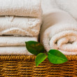Spwith towels and candle — Foto de stock #9738889