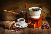Grinder and other accessories for the coffee — Stock Photo