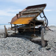 Sluice box to extract alluvial gold, West Coast NZ — 图库照片