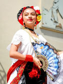 Mexican girl in traditional costume — Stock Photo