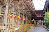 The inner space of the temple, Kandy, Sri Lanka, December 8, 201 — Stock Photo