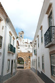 Faro old village entry arc, Portugal — Stockfoto