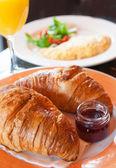 čerstvý croissant — Stock fotografie