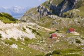 Zwei ferienhaus - durmitor, montenegro — Stockfoto