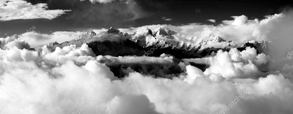 Black and white panoramatic view from langtang to ganesh himal  — Stock Photo #10689525