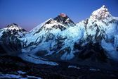 Nightly view of Everest and Nuptse from Kala Patthar — Stock Photo