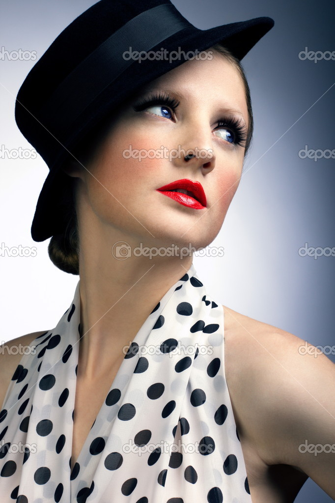 Retro beautiful woman — Stock Photo #8708189
