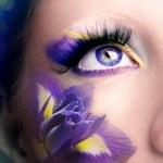 Lilac eye make-up — Stock Photo