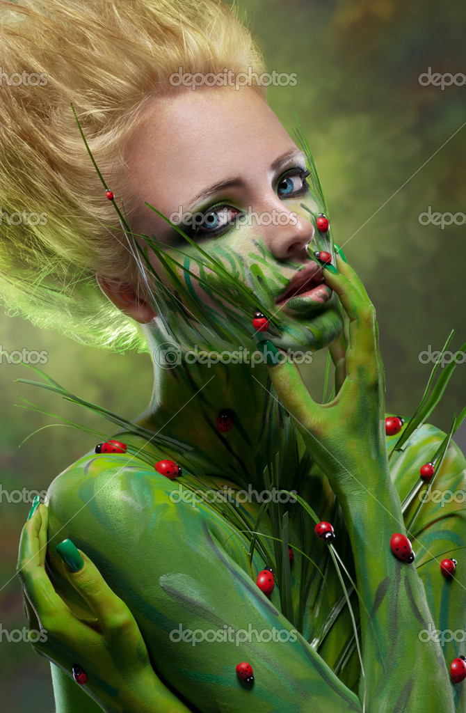 Creative beauty shot with body-art — Stock Photo #10339820