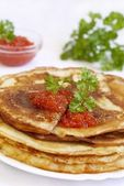 Traditional Russian pancakes — Stock Photo
