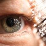 Fiber optics and eye technology — Stock Photo