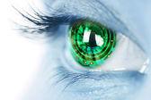 Iris del ojo y circuito electrónico — Foto de Stock