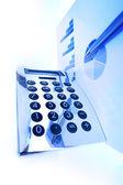 Graphique de la finance sur un bureau — Photo