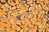 Gesäumt brennholz — Stockfoto