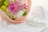Tiara and bouquet — Stock Photo