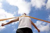 Vinnande runner med moln bakgrund — Stockfoto