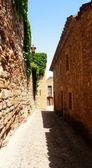 Stone gothic street of Pals, Catalonia, Spain — Stock Photo