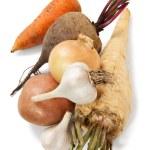 färska grönsaker på den vita bakgrunden — Stockfoto