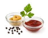 Ketchup and mustard — Stock Photo