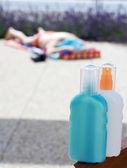Crema de sol bronceado loción — Foto de Stock