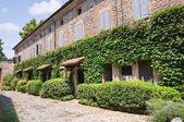 Alleyway. Rivalta. Emilia-Romagna. Italy. — Stock Photo