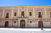 Дворец епископа. Лучера. Апулия. Италия. — Стоковое фото
