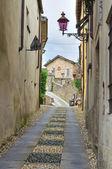 Alleyway. Compiano. Emilia-Romagna. Italy. — Stock Photo