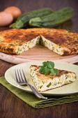 Italská omeleta s cuketou. — Stock fotografie