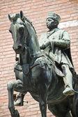 Bronze statue. City Hall. Ferrara. Emilia-Romagna. Italy. — Stock Photo