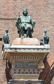 Bronze statue. City Hall. Ferrara. Emilia-Romagna. Italy. — Stock Photo