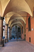 Alleyway. Bologna. Emilia-Romagna. Italy. — Stock Photo