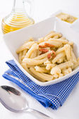 Pasta with artichoke pesto. — Stok fotoğraf