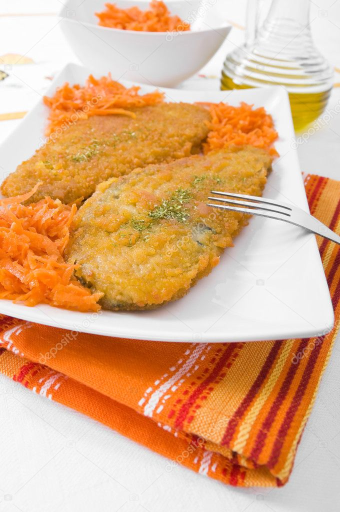 Spinach cutlet on white dish. — Stock Photo #9359832