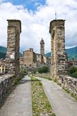Hunchback Bridge. Bobbio. Emilia-Romagna. Italy. — Stock Photo