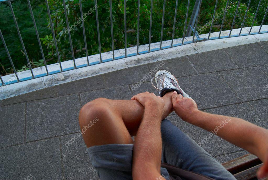 korotkie-shorti-golie-nogi