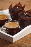 Chocolade muffins en espresso — Stockfoto