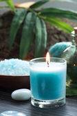 Spa setting with bath salt and candles — Stock Photo