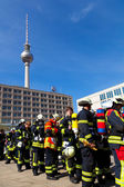 Firefighters in a huge demo competition, Berlin — Stock Photo