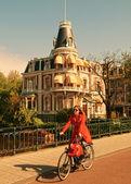 Donna olandese ad amsterdam — Foto Stock
