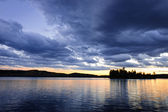 Dramatic sunset at lake — Stock Photo
