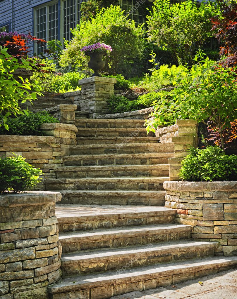 Natural stone stairs landscaping in home garden — Stock Photo #8943817